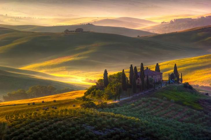 Toscana by Francesco Riccardo Iacomino